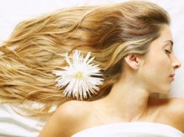 Почему волосы быстро жирнеют и что с этим делать?