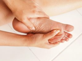 Косточка на стопе: эффективное упражнение, которое вернет ногам красоту!